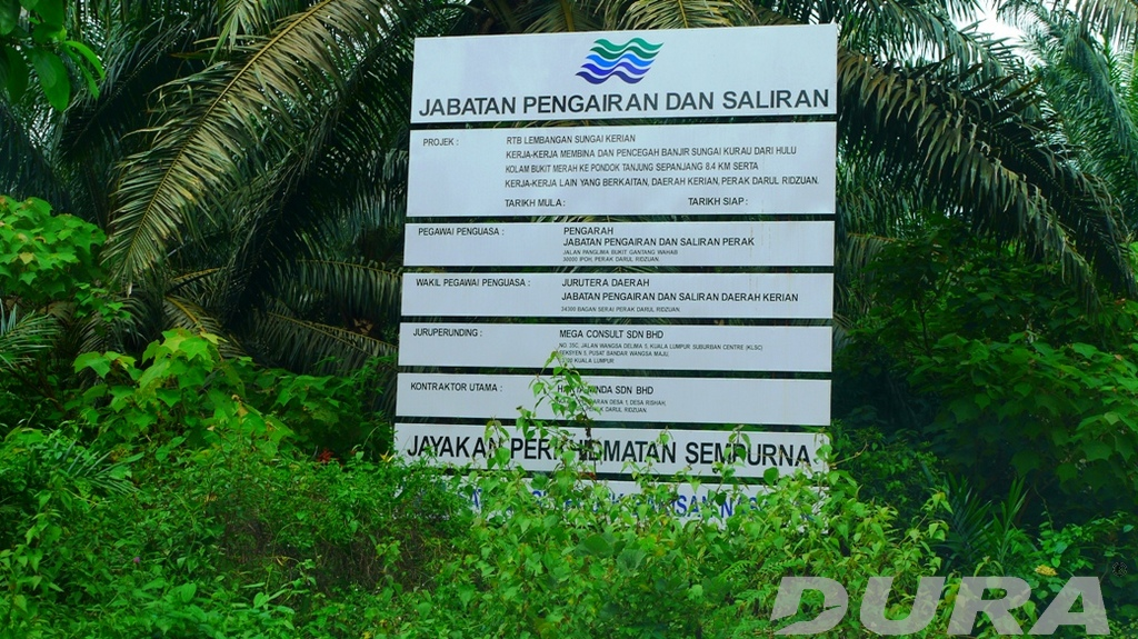 Signboard showing project detail.