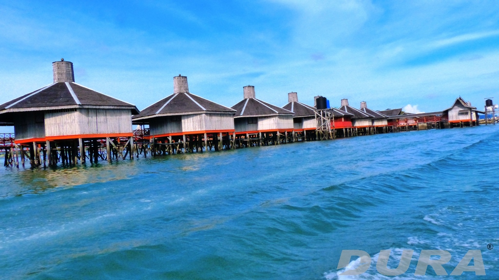 Dragon Inn resort 1.5km from Bum Bum jetty site.