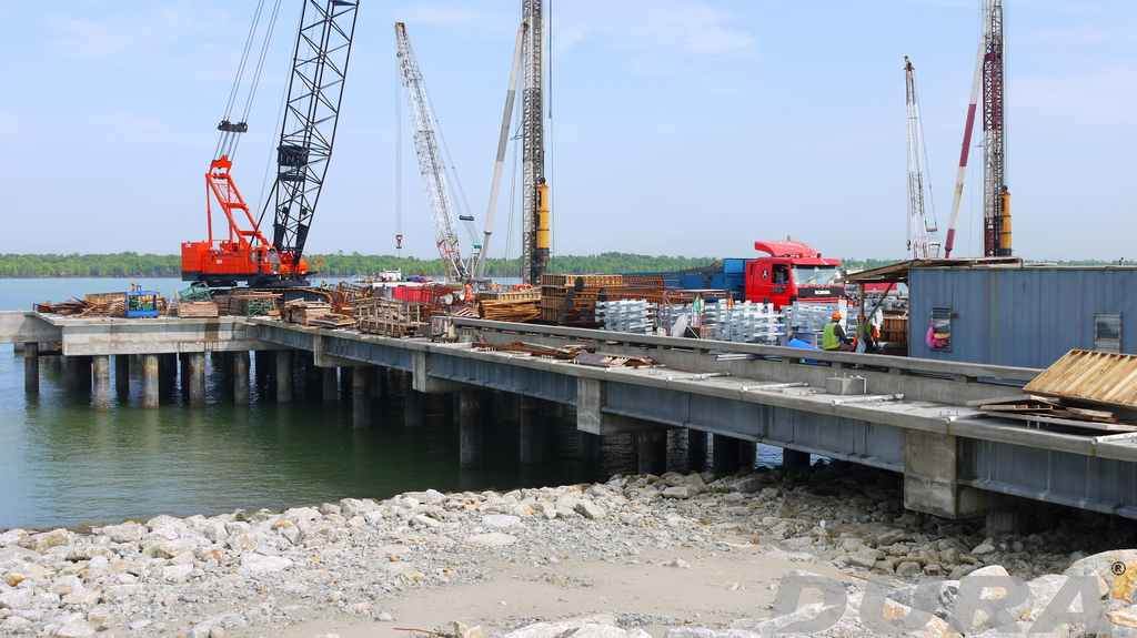 Completed multispan UHPdC composite bridge at Westport.