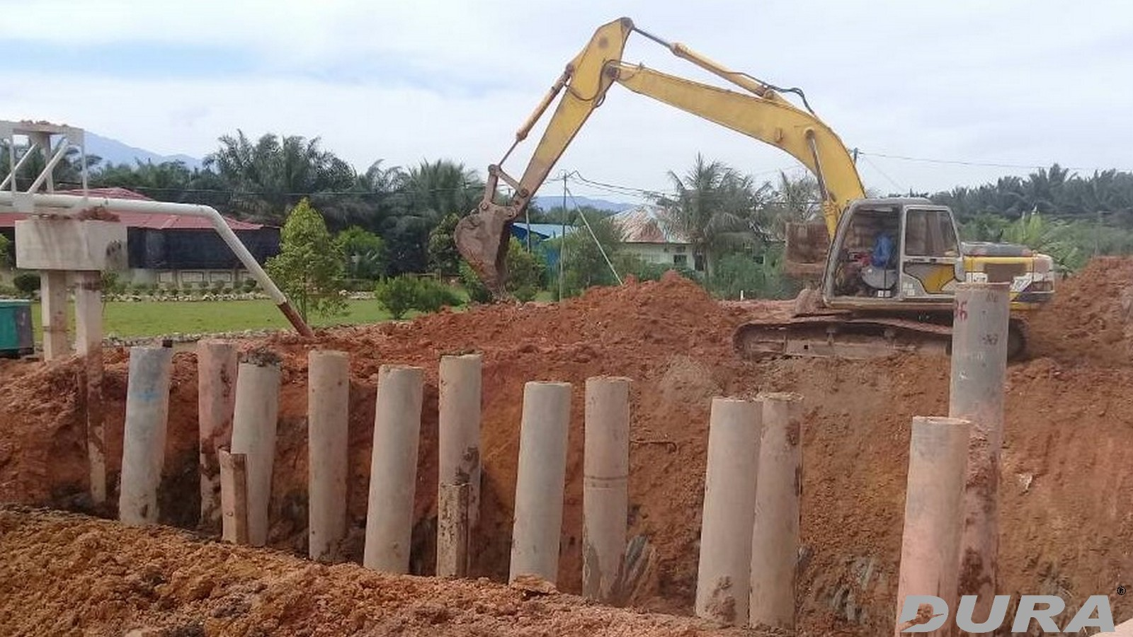 600mm dia, spun piles used as foundation.