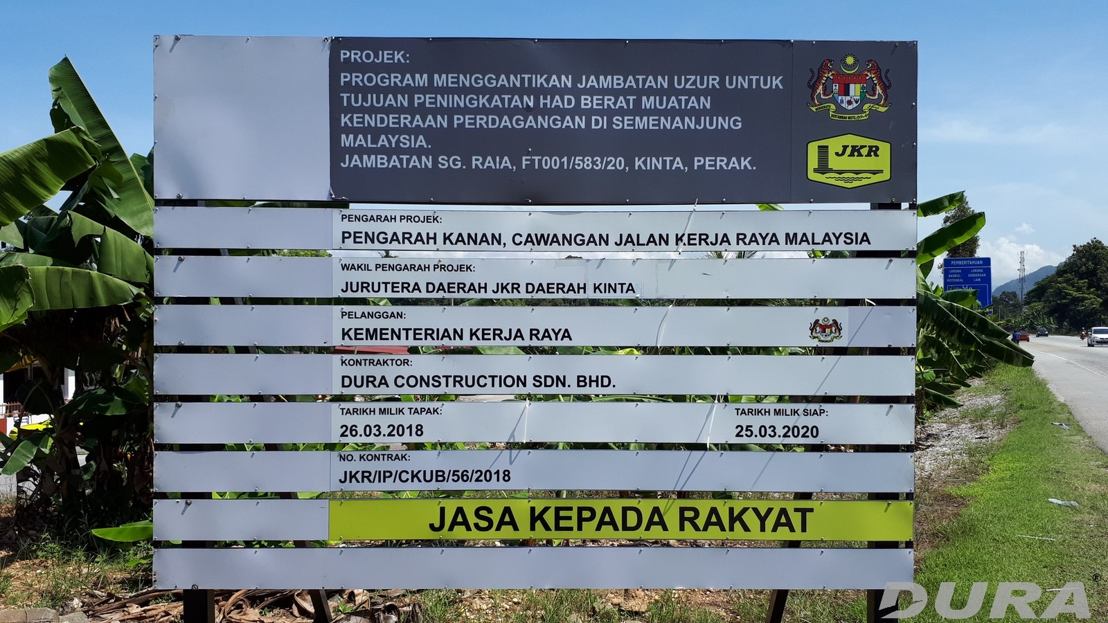 Project signboard for Sg. Raia Bridge